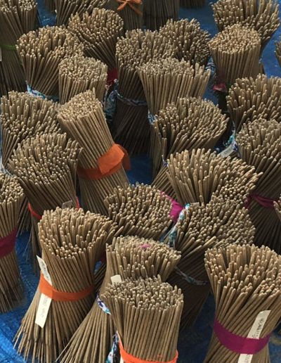 Air drying incense sticks in bundles